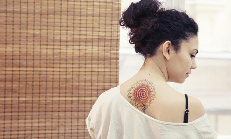 2ab1238532e Ce que pensent les hommes des femmes tatouées