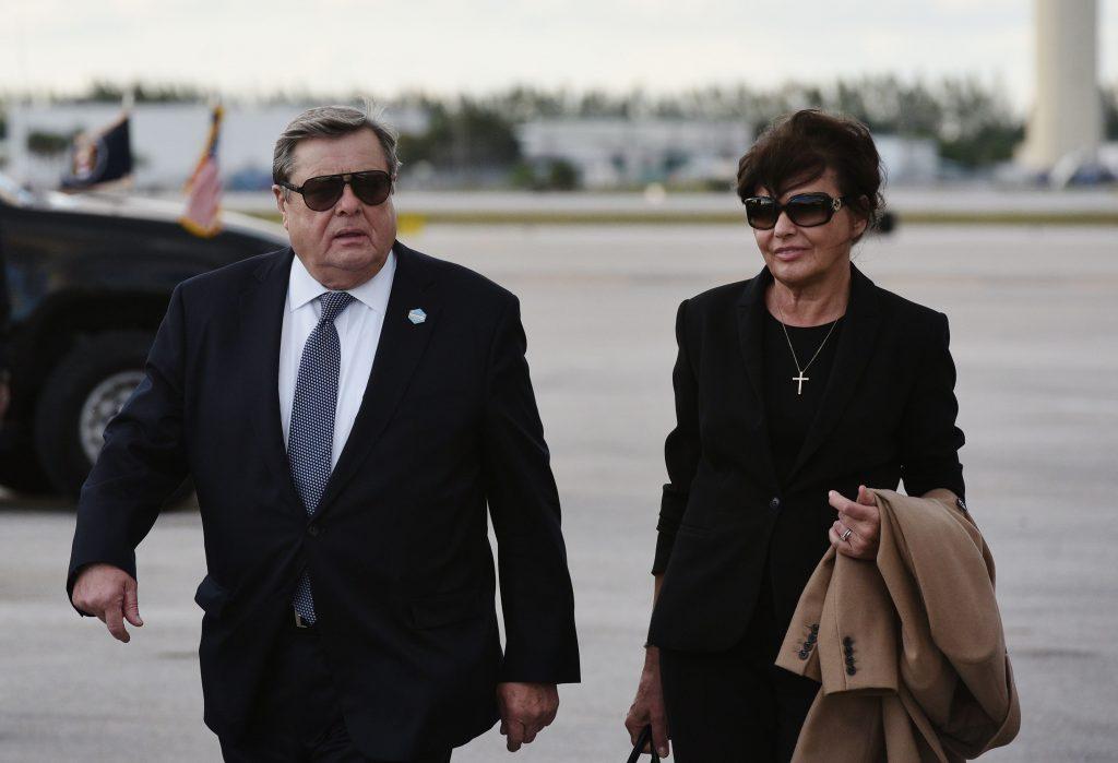 Les parents de Melania Trump ont reçu la nationalité américaine
