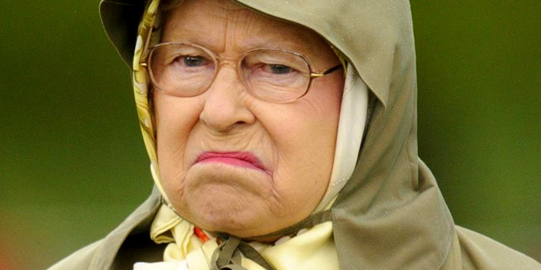 La reine d'Angleterre Elizabeth II souffle ses 94 bougies confinée